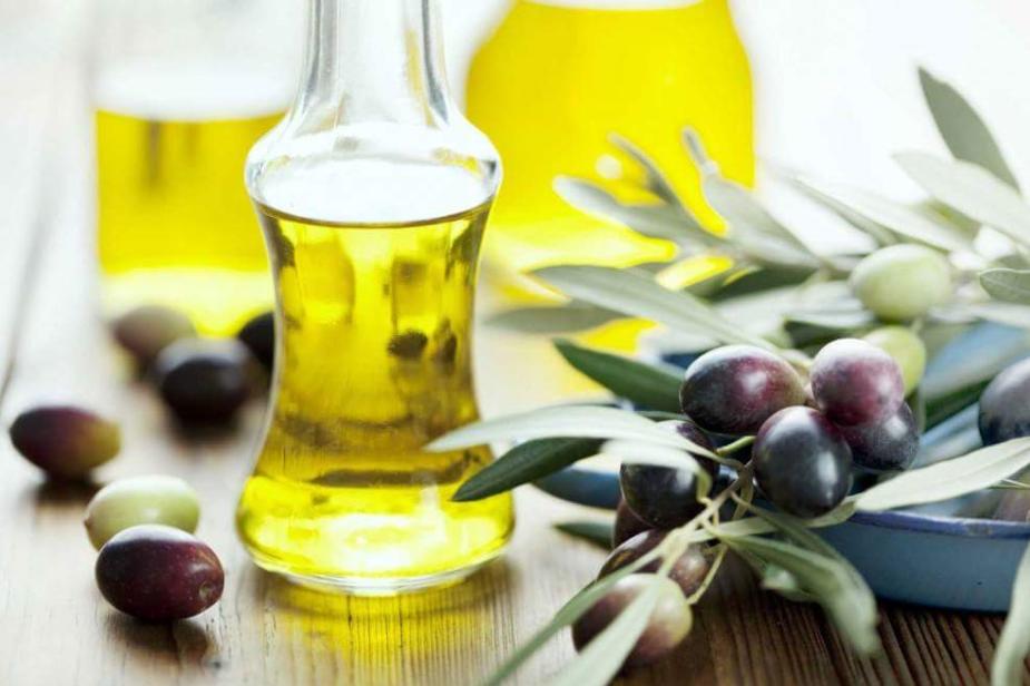 Consumir aceite de oliva virgen de forma regular a lo largo del tiempo aumenta la esperanza de vida